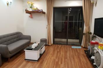 Cần bán căn hộ tầng cao, 2 PN, đủ đồ, 2.3 tỷ tháp A tại Lạc Hồng, quận Tây Hồ. LH 0989196538