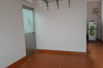 Cho thuê căn nhà nguyên căn gần Coop Xtra Phạm Văn Đồng, gần chùa Ưu Đàm