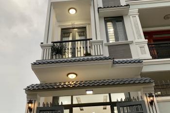 Chính chủ bán nhà siêu đẹp 1 trệt 2 lầu, đường Linh Trung, Linh Trung, Thủ Đức, LH: 0365.333.239