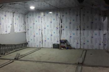 Cho thuê kho xưởng tại Hoàn Kiếm, Hà Nội, DT 230m2 x 5T, 23tr/1 tầng
