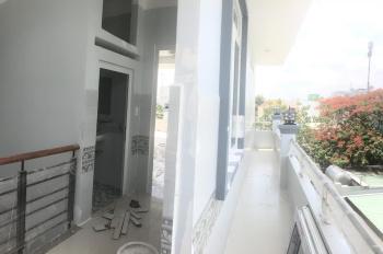 Cho thuê nhà nguyên căn (mới 100%) 142m2, 3 phòng ngủ, 2 tầng, 1 sân thượng. LH: 0931 41 46 48 Duy