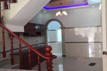 Cho thuê nhà HXH 5m CMT8, gần công viên Lê Thị Riêng, 4,2x15m, 1 trệt, 3 lầu