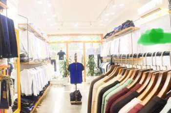 Cần sang nhượng, cho thuê shop thời trang tại Phố Huế, giá tốt