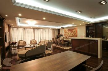 Bán chung cư 172 phố Ngọc Khánh, quận Ba Đình, căn góc 151m2, ban công Đông Nam
