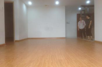 Chính chủ cho thuê căn hộ 88m2, 2PN, nội thất cơ bản, tại E4 Yên Hòa Park View, LH 0986782302