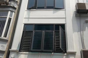 Chính chủ cần bán nhà phố Lý Thường Kiệt, DT: 32m2 x 5 tầng, mặt tiền 4m, giá 3,95 tỷ (TL)