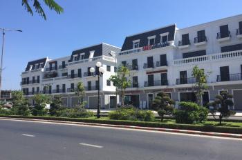 Bán lô đất mặt tiền đường Hùng Vương, gần ngay dự án đất xanh đang bán. LH 0935148573