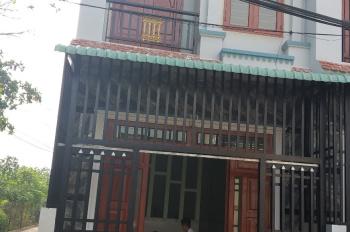 Nhà sổ chung 3 nhà 1 sổ đúng 880 triệu 1 trệt 1 lầu cách ngã tư Bình Chuẩn 300m. LH: 0981.147.078