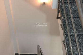 Nhà 2 MT hẻm Hoa Sứ, PN, gần Nhiêu Tứ, DT: 3x10m, công nhận đủ, XD trệt lửng, 3 lầu, 4.8tỷ
