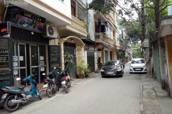 GĐ đang ở bán nhà PL kinh doanh sầm uất phố Mai Dịch DT 55mx5T, MT 4m ôtô 7 chỗ ra vào nhà 7,2 tỷ