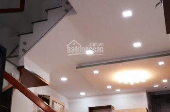 Bán căn nhà 3 tầng rất đẹp kiệt 123 Cù Chính Lan, phường Hòa Khê, quận Thanh Khê