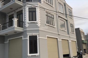 Bán căn góc 2 mặt tiền đường Lò Lu ngang 6m, 1 trệt 2 lầu, tiện kinh doanh DT 100m2, LH 0974748784