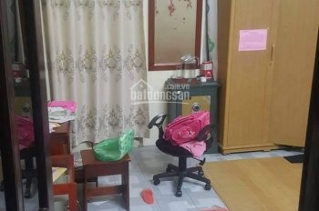 Hãy đến xem ngay nhé, nhà mặt phố Nguyễn Chính mà có 125tr/m2, mặt tiền 4,2m
