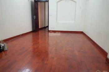 Cho thuê nhà đẹp phố Mai Hắc Đế, 70m2, 4 tầng, đầy đủ nội thất, 21 tr/tháng