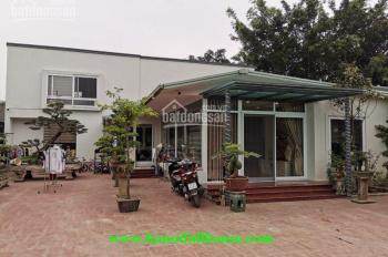 Căn nhà sân vườn rộng lên đến 500m2, phù hợp để ở, kinh doanh nhà hàng ở Tây Hồ. LH: 0902134904