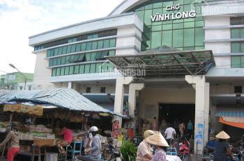Chính chủ, cần tiền bán gấp đất đã có sổ, ngay chợ Vĩnh Long, giá: 870tr/nền. LH: 0965661364
