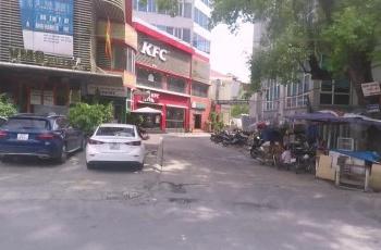 Cho thuê mặt bằng KD 30m2 tầng 1 tòa nhà 11 tầng Nguyễn Thái Học, Thanh Miến, Đống Đa, HN