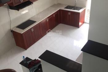 Cho thuê nhà 1 trệt 1 lầu, Phú Hòa, diện tích 80m2, 2 phòng ngủ, giá 12tr/tháng. LH 0911.645.579