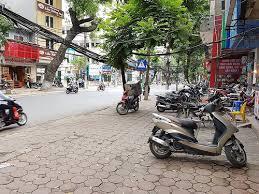 Cho thuê nhà mặt phố Nguyễn Khuyến: 155m2, mặt tiền 3m, nhà thông, riêng biệt. LH: 0974557067