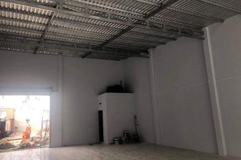 Cần Cho thuê nhà mới xây,diện tích: 500m2, giá 22tr/tháng  LH:0909752285( Cô Minh )