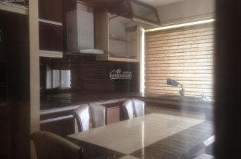 Chính chủ cho thuê căn hộ 136m2, 3PN, đủ đồ, 11 triệu/tháng, liên hệ 0986782302