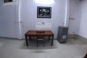 Phòng tầng trệt có nội thất dành cho mẹ bầu mẹ bỉm sữa người lớn tuổi, giá 4,5tr-793 Trần Xuân Soạn