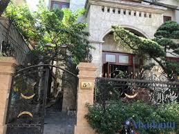 Cho thuê biệt thự Pháp sân vườn đẹp phố Trần Phú, DT 250m2 x 3 tầng, MT 14m. LH: 0903215466