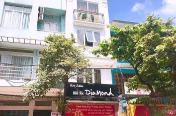 Cho thuê nhà MP Trần Xuân Soạn, DT 60m2 x 6 tầng, MT 4m, có thang máy. LH 0865625958