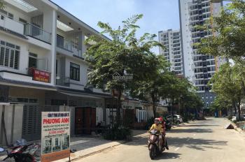 Bán nhà 260m2 Dĩ An, Bình Dương (3 tầng) khu Him Lam Phú Đông, gần Phạm Văn Đồng Linh Xuân