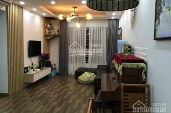 Chính chủ - cần bán căn hộ CC 103 2PN, nội thất Vinhomes cao cấp có gia lộc. LH 0975481196