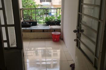 Chính chủ bán căn hộ Hiệp Bình Chánh quận Thủ Đức, 53 m2,có ban công thoáng mát.Nhà sạch đẹp ở liền