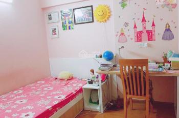Bán căn hộ view đẹp chung cư 17T11 Nguyễn Thị Định, DT 68m2, 3 ngủ giá 26 tr/m2. Lh: 0916617739