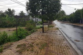 Chính chủ bán đất mặt tiền đường Trần Phú và Trần Hưng Đạo. Liên hệ: 0948511886