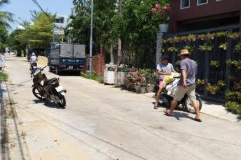 Tôi chính chủ cần bán lô đất đường 7m thông ra đường Lê Văn Hiến - 0901994896