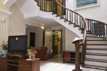 Chính chủ cho thuê nhà ở hoặc làm văn phòng công ty, DT 120m2, ngõ 310 Nghi Tàm, Quận Tây Hồ