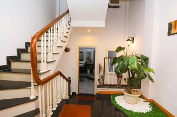 Bán nhà ngõ 277 Quan Hoa, Cầu Giấy. 54 m2, 5 tầng. Nhà chính chủ sổ đỏ, có thiết kế đẹp, hiện đại