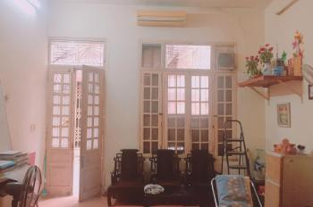 Cho thuê nhà số 38 ngõ Tạm Thương, Hàng Bông, Hà Nội