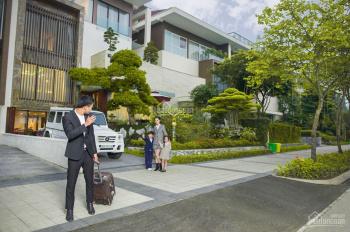 Bán gấp biệt thự vip nhất Ciputra, DT 650m2, 3 tầng, lô góc rất đẹp, đang cho người nước ngoài thuê