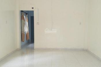Bán nhà vị trí rất đẹp, góc 2 mặt tiền hẻm 6m thẳng 1 trục đường Phạm Văn Chiêu