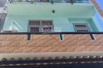 Bán nhà 3 lầu, giá 4 tỷ, đường Lê Văn Thịnh rẽ vào, quận 2. LH: 0902126677