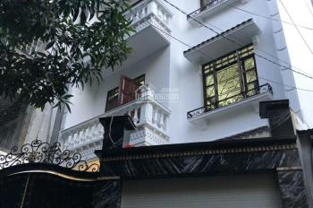 Bán nhà siêu đẹp quận Phú Nhuận, DT: 8x28m, trệt, 4 lầu, ST, giá: 24 tỷ