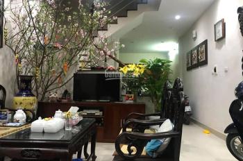 Bán nhà kinh doanh, ô tô tránh, gần hồ Võ Thị Sáu, Hai Bà Trưng, DT 50m2. 0963469288