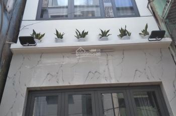 Bán nhà hẻm 5m đường Thái Phiên P8 Q11. DT:3.6x11m, 4 tầng, 5PN, NTCC, nhà mới đẹp, Giá 5.4 tỷ TL
