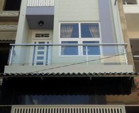 Cần bán nhà số 3 Nguyễn Ngọc Lộc, P. 14, Q. 10 cần bán gấp, mới 100%