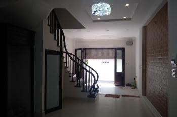 Chính chủ cần bán nhà đẹp 5 tầng tại phố  Phùng Chí Kiên, Nghĩa Đô, Cầu Giấy