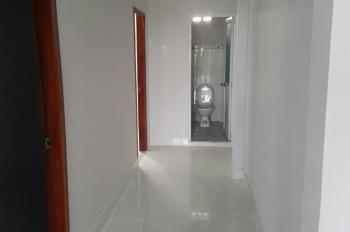 Chính chủ cần bán căn nhà đối diện UB xã Hưng Long, 3PN, thiết đẹp 1T 1L