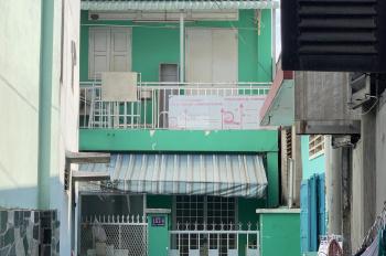 Bán nhà cấp 4 đường CMT8, Phường Hoà Bình, 60m2, ngay trường Quang Vinh, sổ hồng TC 100%
