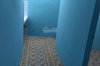 Cho thuê nhà nguyên căn Nguyễn văn công p 3 DT 4x8 có gác giá 4,5 tr / th LH :0906.728.528