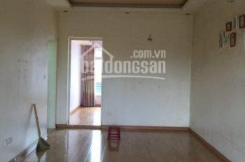 Cho thuê nhà riêng phố Quang Trung, Trần Nhân Tông, 40m2, 5 tầng, ô tô đỗ cách 5m, 15tr/th