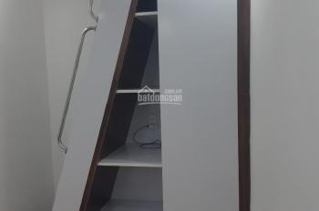 Cần bán nhà Nguyễn Cư Trinh, trung tâm Q1 giá chỉ 2 tỷ 150tr